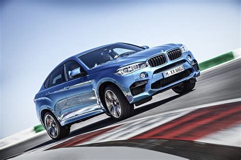 coolest suvs the 10 coolest suvs for wealthy dads therichest