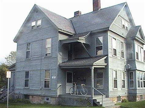 2 bedroom apartments burlington vt apartment for rent in 128 colchester ave 2 burlington vt