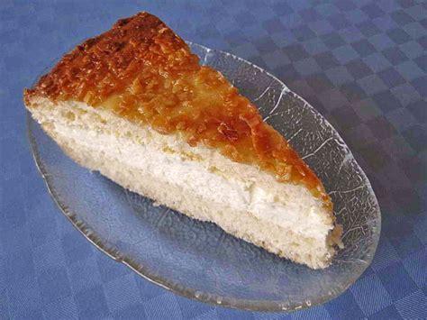 bienenstich kuchen mit hefeteig bienenstich kuchen mit hefeteig
