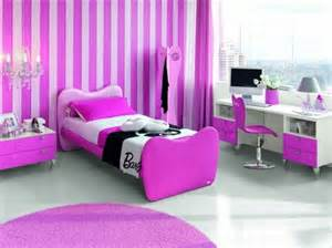 Barbie Bedroom A Barbie Inspired Room At The Plaza Athenee In Paris