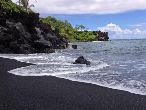 black sand beach maui maui black sand beach lovely places pinterest