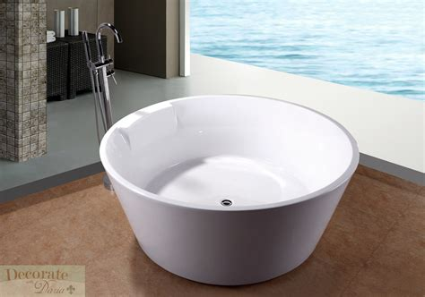japanese bathtubs bathtub soaking 5 ft round japanese style w floor faucet