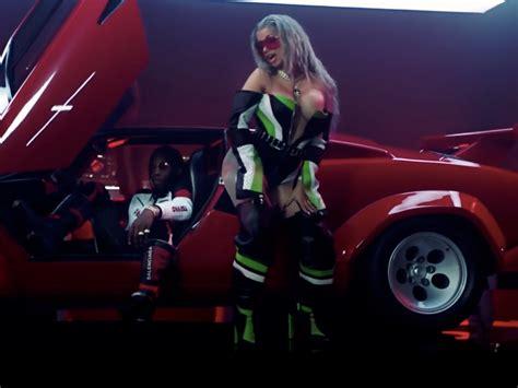 motorsport nicki minaj lyrics watch nicki minaj cardi b dominate migos in quot motorsport