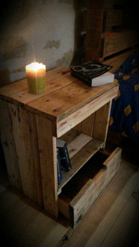 table de nuit en palette table de chevet table de nuit en palette r 233 cup 233 ration