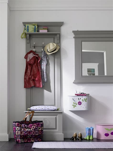 Tiny Entryway Ideas | inspiring ideas for decorating small entryways