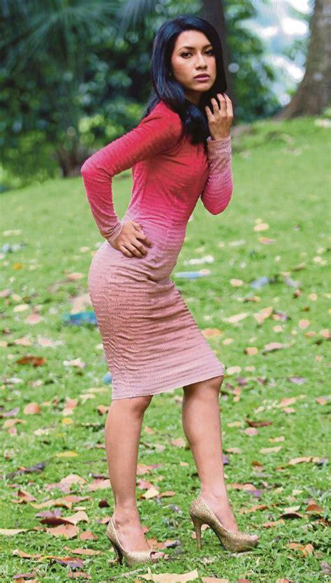 film malaysia zara zya actress zara zya s car involved in accident new straits