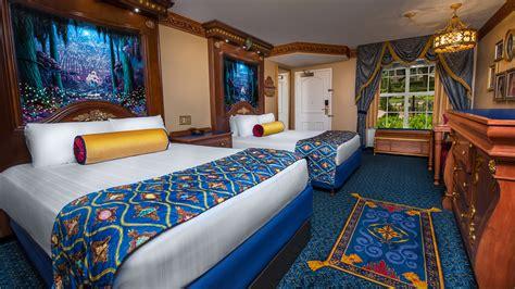 theme park beds royal guest room garden view themeparkbeds com