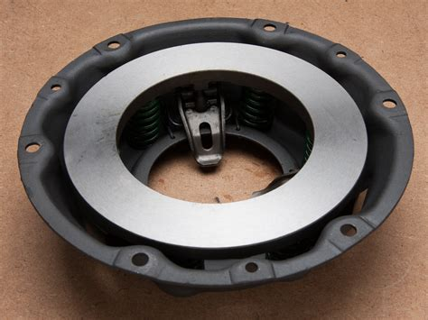 clutch cover assembly ford anglia  owners club