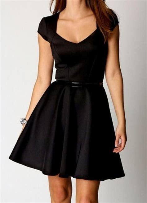 Dynamic Style Dress Black sweetheart neck black skater dress casual day work wear