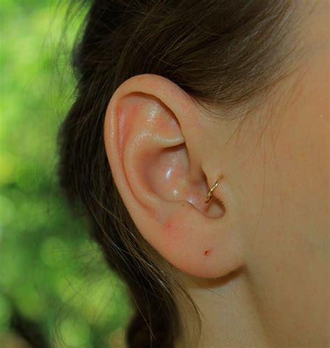 tragus piercing 30 amazing tragus ear piercing exles