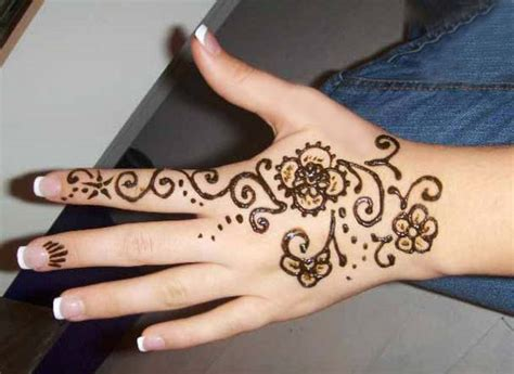 easy mehndi tattoo designs for hands 16 amazingly easy mehndi designs for hands and feet easyday