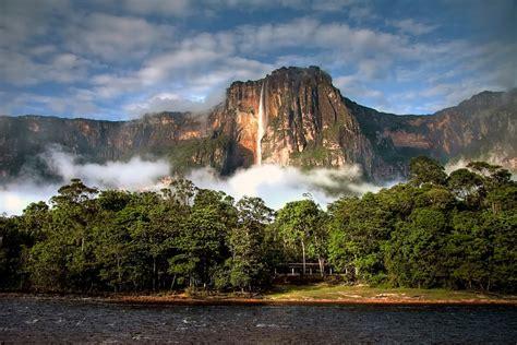 imagenes paisajes naturales de venezuela file angel falls in the morning light jpg wikimedia commons