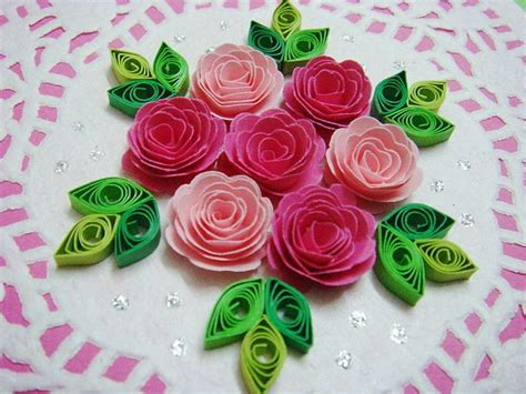How To Make Roses With Quilling Paper - 25 best ideas about quilled roses on quilling
