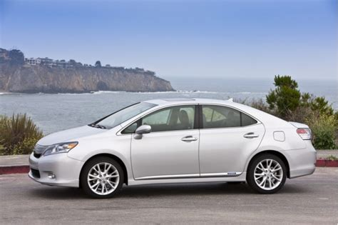 2010 lexus sedans 2010 lexus hs 250h sedans recalled for potential hybrid