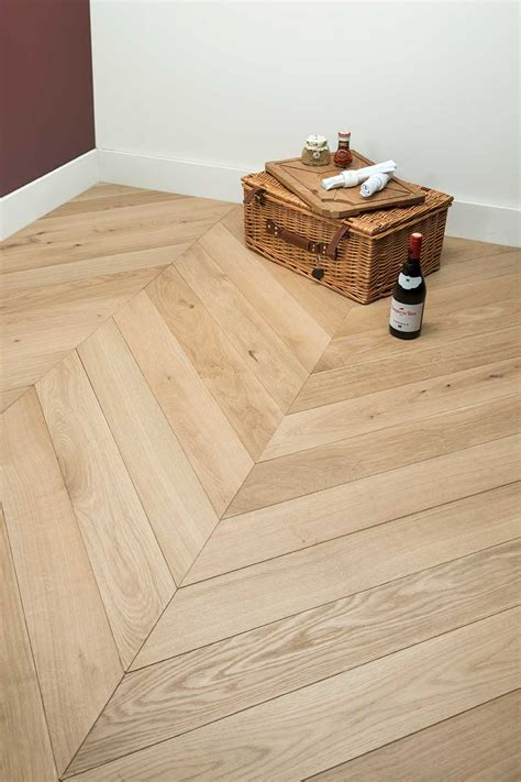 Ascot Chevron Oak Engineered   Tile & Wood Flooring