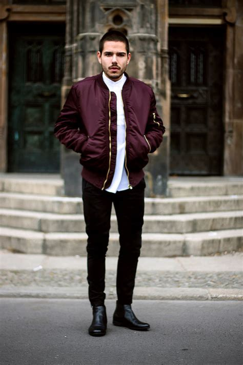 Omiru Fashion Hotlist Style Up Your Winter Look In Gorge Gloves A Snazzy Scarf Fashiontribes Fashion by Jacket Menswear Hoodie Clothes Jaclet Boy Fashion