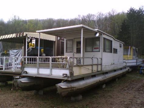 house pontoon boats bamby pontoon houseboat rebuild done pontoon forum gt get help with your pontoon