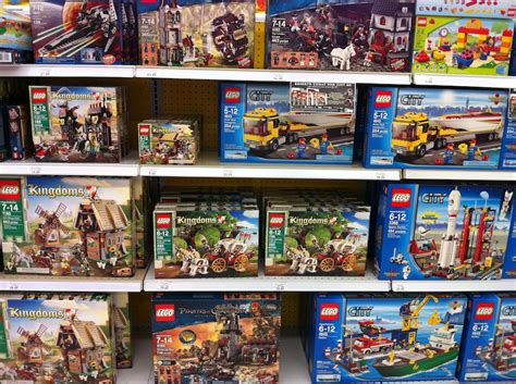 toys r us toys lego 2011 sets at toys r us and target brick update