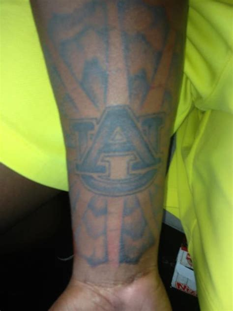 reuben foster s auburn tattoo will last longer than his