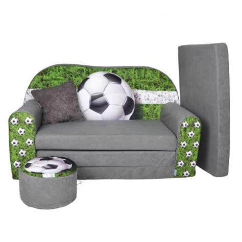 agréable Deco Chambre Petit Garcon #2: .decoration_chambre_foot_enfant_canape_coussin_foot_deco_pas_cher_football_enfant_gris_et_vert_decorer_chambre_enfant_foot_petit_budget_m.jpg