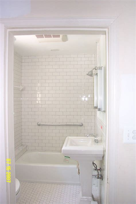 subway style bathroom image of subway tile bathroom ideas white 6041 interior