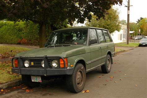 old land rover old parked cars 1988 land rover classic range rover