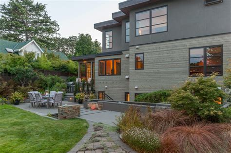 Landscape Design Enhances West Coast Living West Coast Landscaping