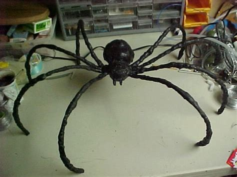 How To Make A Large Spider Decoration by Diy Spiders