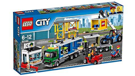 Summer Set 2 lego city 2017 summer sets pictures