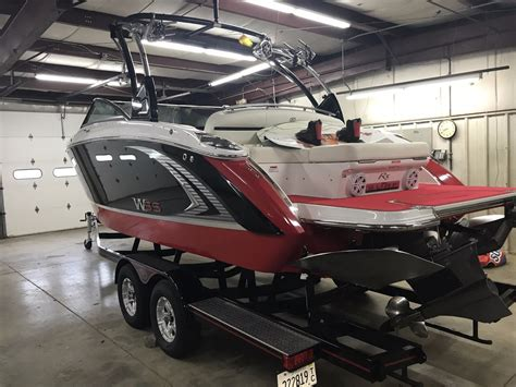 cobalt 2017 boats cobalt r5 wss surf 2017 for sale for 114 900 boats from