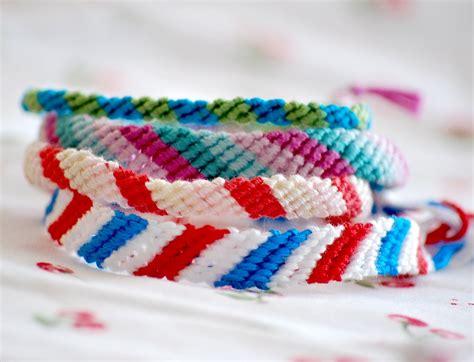 friendship bracelet with a feathered nest friendship bracelets
