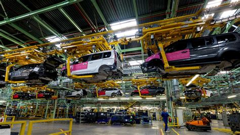 ford of valencia ford s mega plant launches s max galaxy and