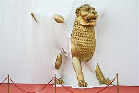 golden lion film festival الأفلام المشاركة والفائزة في مهرجان البندقية السينمائي