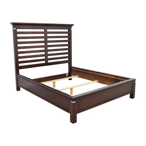 dark wood bed frame 75 off tea trade tea trade dark wood caged queen bed frame beds