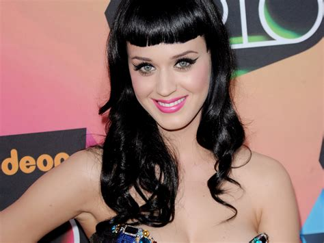 katy perry profile biography katy perry profile biodata updates and latest pictures
