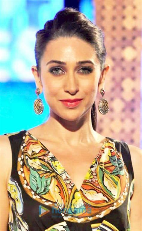 40 Meters To Feet by Karisma Kapoor Bra Size Age Weight Height Measurements
