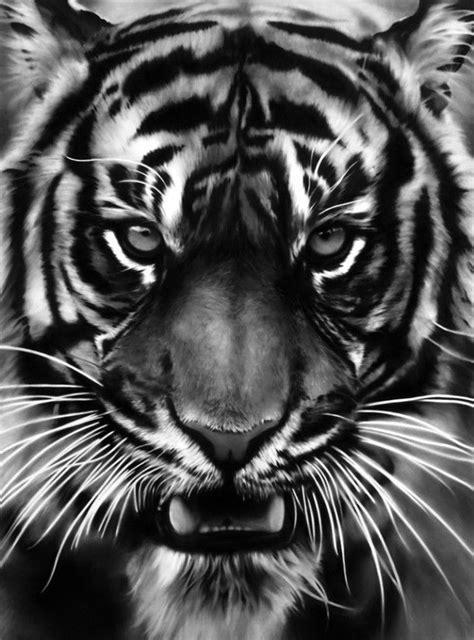 Trabalhos de Robert Longo. | Tatuagem de tigre, Arte sobre