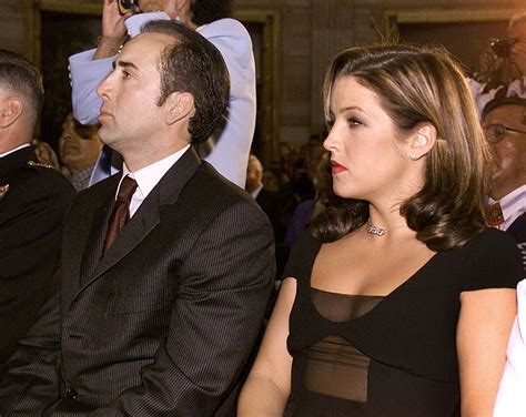what is wrong with lisa rings husband lisa marie presley secrets of her bizarre marriages