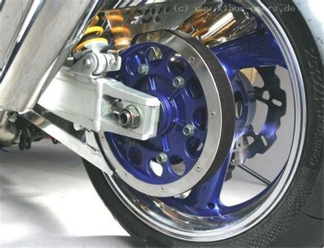 Motorrad Umbau Riemenantrieb by うーん はらほろひれはれ