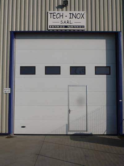portail sectionnel industriel tableau isolant thermique