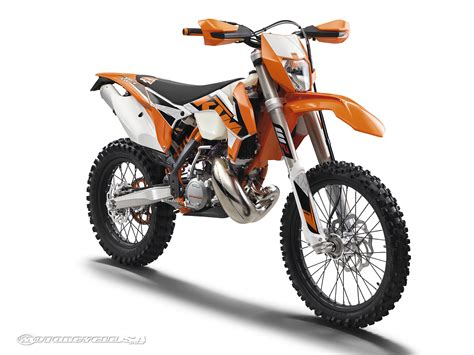 Ktm Motorcycle Pictures 2016 Ktm Xc W And Xcf W Road Models Photos