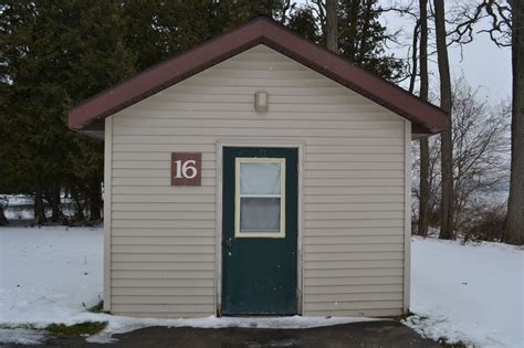 Portage Lake Cabins by Lodging 171 Portage Lake