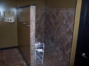 tiled walk in shower designs for the home