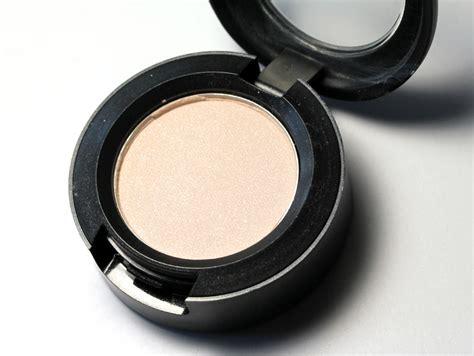 Make Up Mac Eyeshadow Mac Vanilla Eyeshadow Makeup And