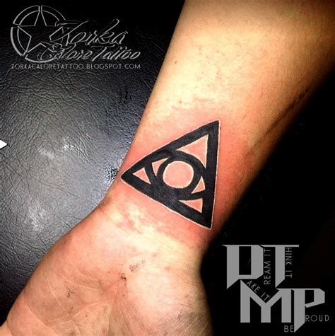 simple triangle tattoo simple illuminati symbols