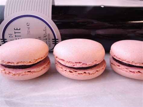 Baby Macaroon Gerbet Macaroons By Pastry Chef Author Eddy Damme