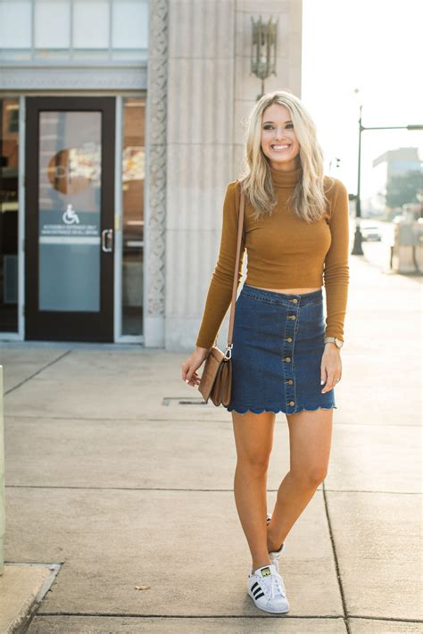 Sweater And cropped sweater and skirt sweater