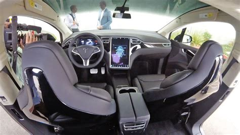 tesra car what it s like to drive the tesla model x