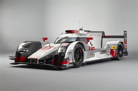 who makes the audi car the audi r18 makes other race cars green with envy
