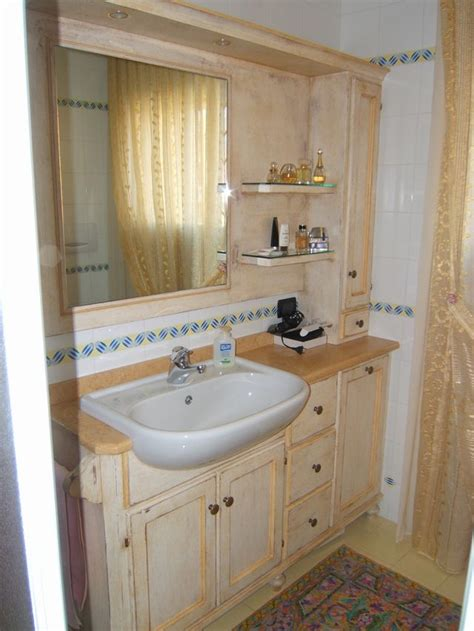 mobiletto bagno classico mobiletto bagno classico bianco mobili in legno massiccio